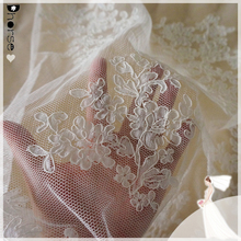 DHJL1521 off-white thick embroidery guangzhou lace fabric/ guangzhou tokay lace/ dress making lace fabric