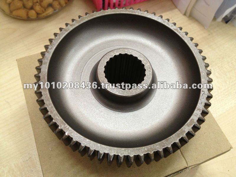 KUBOTA L1501 61T X 52T MAIN SHAFT GEAR