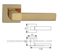 European style door handle with square rose