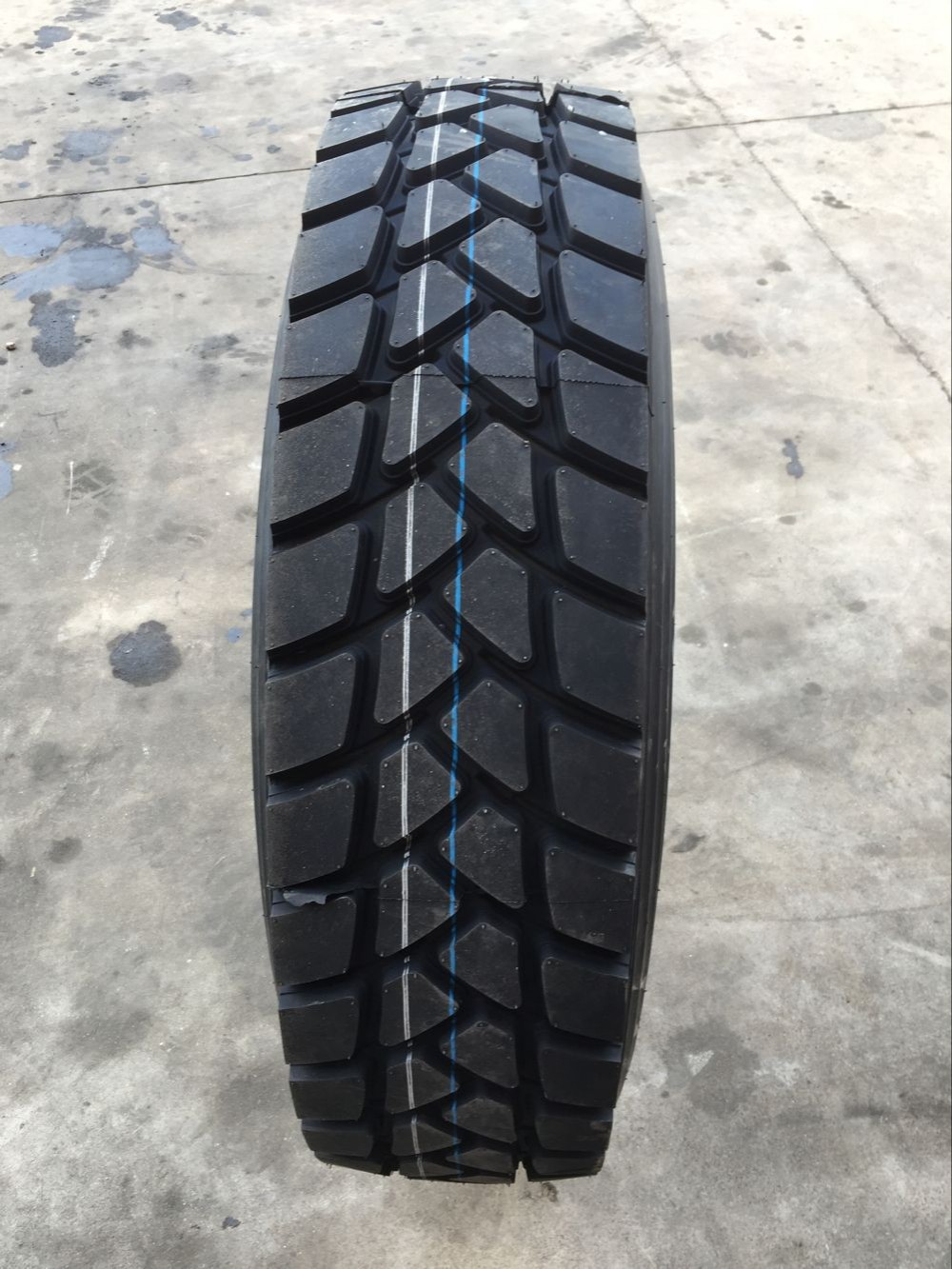 Triangle Double Coin CHENGSHAN ROADSHINE Radial Truck Tyres 315/80R22.5 385/65R22.5 China truck tyre