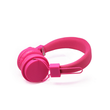 Wholesale slim headset with mic for mp3,mp4,laptop