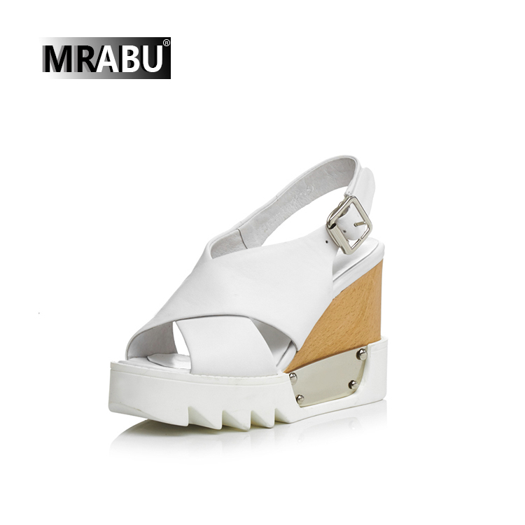 2017 White fashion platform wedges shoes Buckle strap sandals leather women shoe chappal in karachi