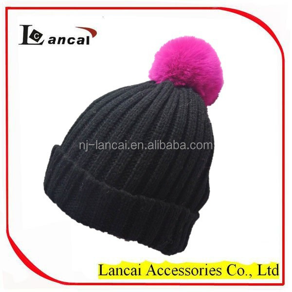2017 <strong>Fashionable</strong> Ladies Acrylic Knitted Hat with Fur Pom