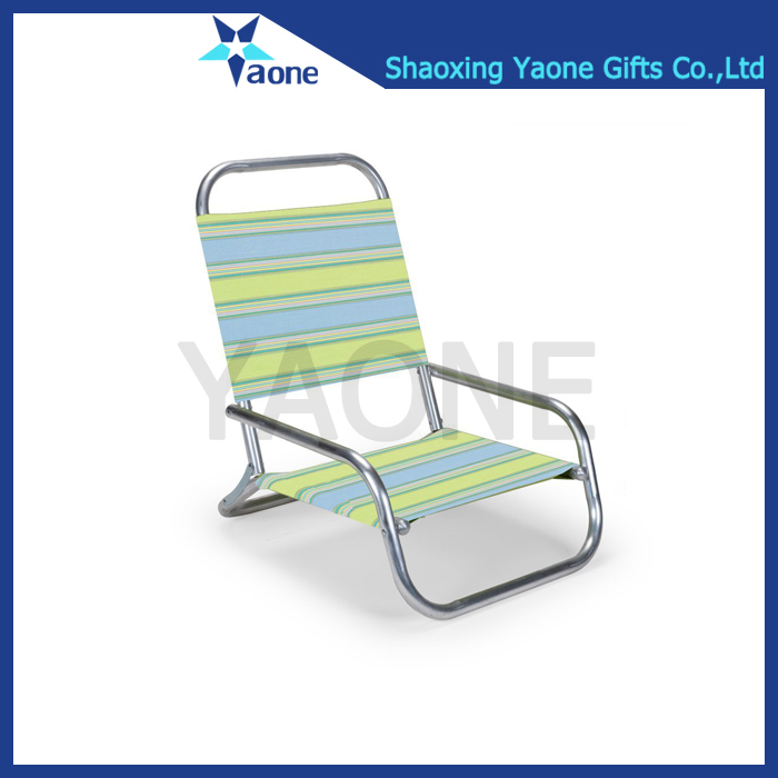 Wholesale lightweight waterproof folding nylon beach lounge chair with carrying bag