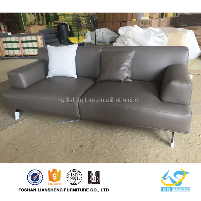 Living Room Furniture Modern Sofa Italian Sofa Set Designes Hot Sales Leather Sofa