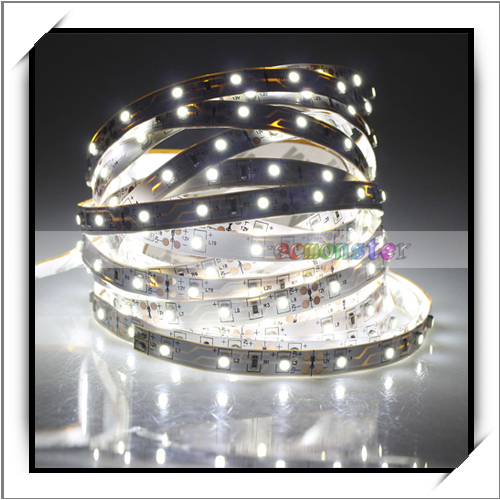 Christmas Sales 500cm 300 LED 1200-1400LM White Light Decorative LED Flexible Strip Light