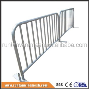 High quality Hot Dipped Galvanized Crowd Control Fence Barrier ( factory ISO 9001 certificate )