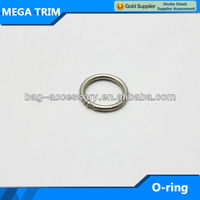 Fashion zinc alloy metal O ring factory directly sell O ring for bags/suitcases