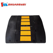 Durable traffic 500mm*400mm rubber speed bumps / rubber speed hump / road speed ramp