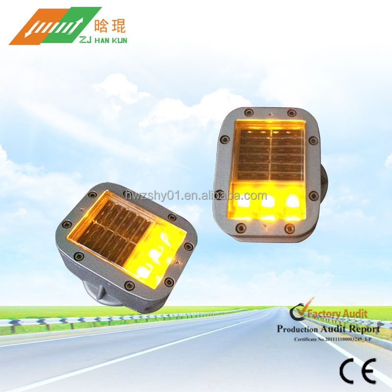 IP68 LED Aluminium Reflective Cat Eye Solar Road Studs Price