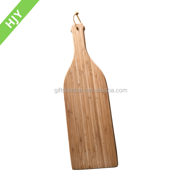 2017 Hot Sale Wine Bottle Shaped Bamboo Cutting Board With 100% Natural materials