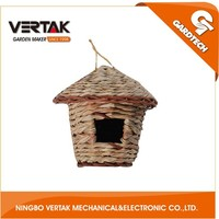 Grass portable bird cage