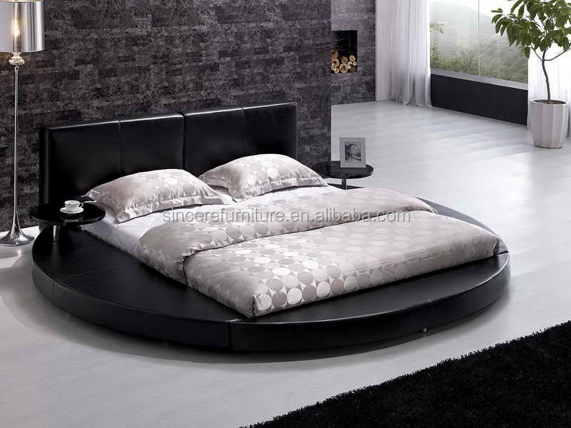 Latest design Italian white leather king size round bed