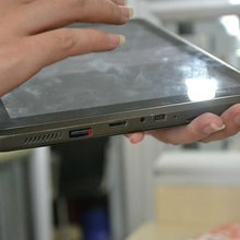 "September New!!! 8"" Tablet PC capacitive 3D Game 512MB with High Speed 1GHZ tablet pc touchscreen"