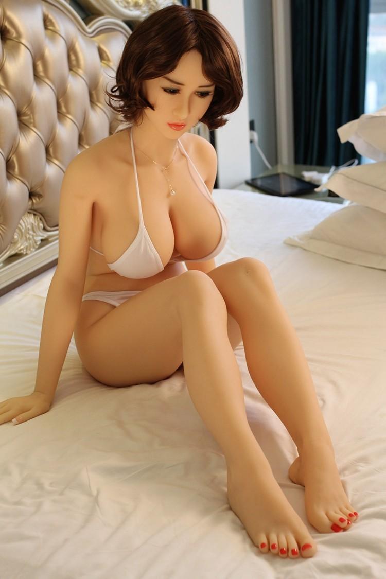 Porn Star Kennedy Leigh