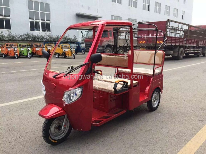 New 3 wheel motorcycle for passenger/taxi electric tricycle/New Factory price taxi bajaj three wheeler price
