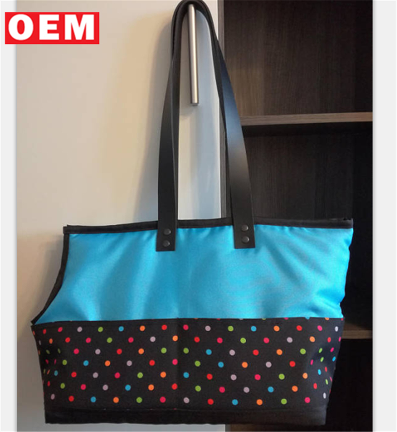 2018 fashionable orange handbags with a colorful dots pets Dog travel carrier bag with leather straps dogs carrier tote