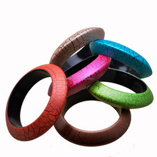 The flying saucer type colorful fashion bracelets wholesale jewelry.