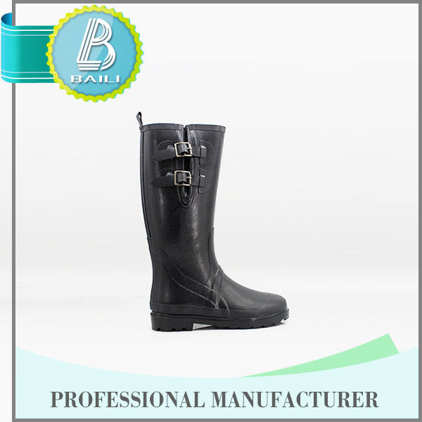 HIGH QUALITY 10 YEARS EXPERIENCE WATERPROOF FLAT HEEL RUBBER RAIN BOOTS FOR MEN