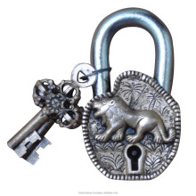 Door Pad lock with Lion Statue