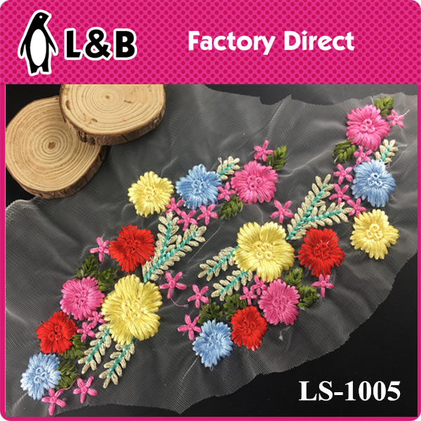 2017 sewing on embroideried LS-1005 collar applique for Clothing colorful flower applique work designs for dresses
