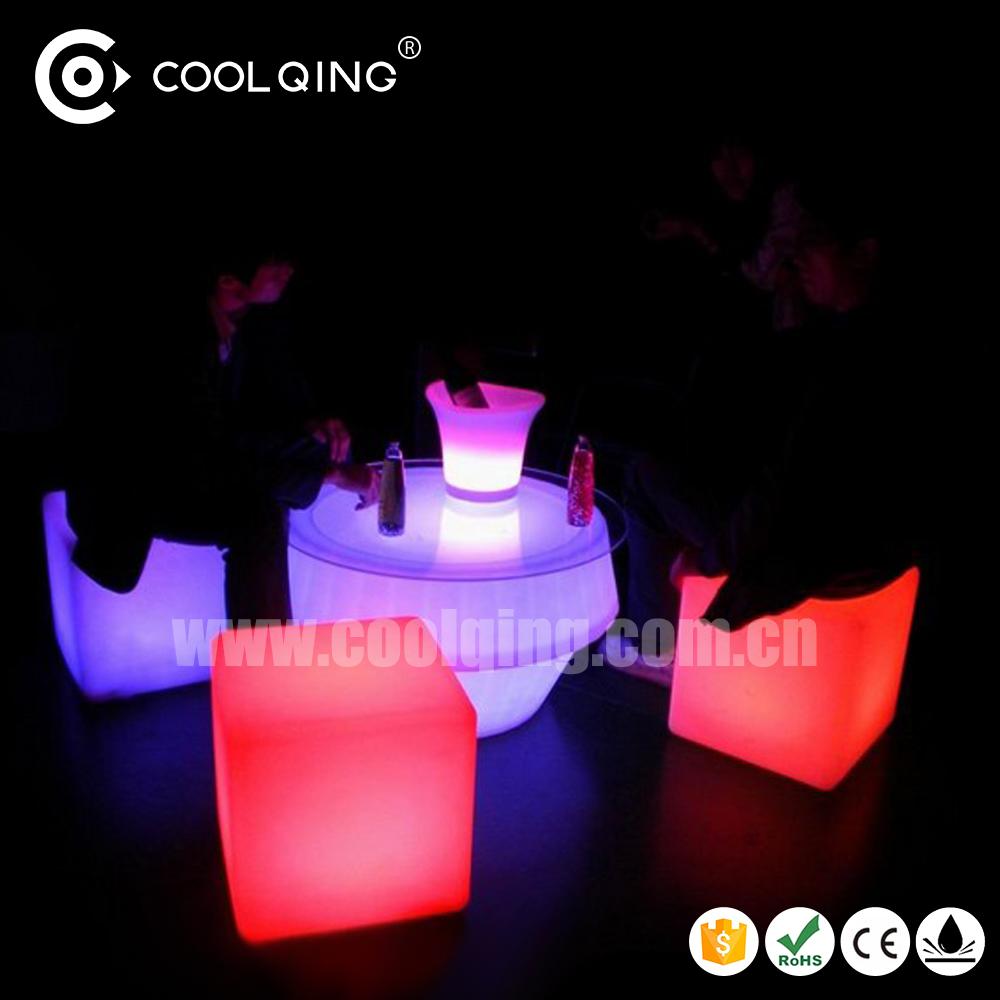 Moderne mobilier d 39 ext rieur led light up cube lumineux 40 for Mobilier lumineux exterieur