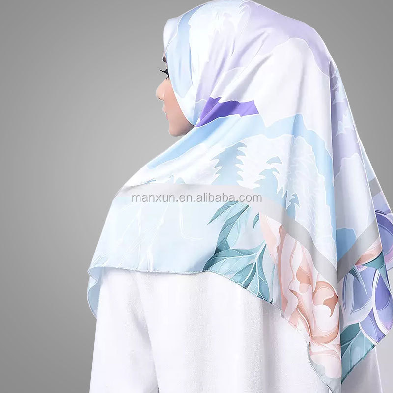2017 Muslim Design Digital Flower Printing Hijab Wholesale 110 x110 cm Turkey Square Cheap Silk Satin Shawl Scarves