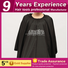 Cheap popular Polyester waterproof wholesale black custom haircut salon hairdressing barber cape