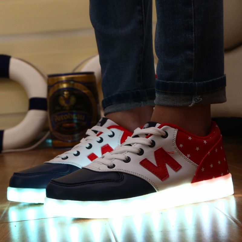 2015 Large size stylish adults led shoes, led shoes