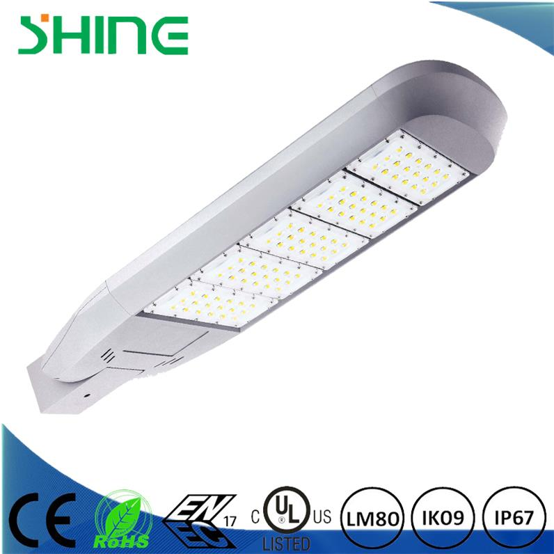 IP67 IK09 led streetlight housing AC90-305V 50/60Hz
