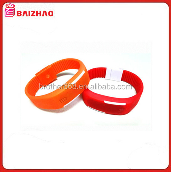 Hot Sell Sports Silicone Waterproof Wrist LED Watch with CE