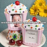 Adorable cupcake design placecard holder/picture frame favors-Available in Pink or Blue