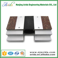 Interior rubber anodised aluminum base expansion joint