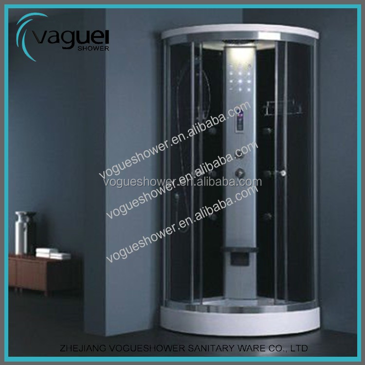 Comfortable life style simple nice bath glassshower room