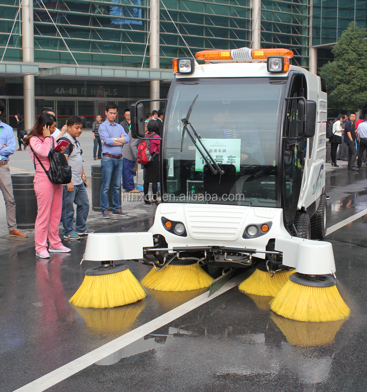 China cheap electric road sweeping vehicle