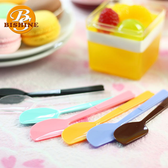 New Design Colorful Disposable Plastic PS Material Spoon Use for Ice Cream/ Cake/ Yogurt, Pudding Spoon