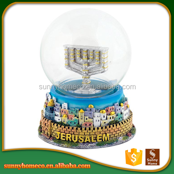 3D Resin Funny Custom Made Snow Globe Glass Snowball