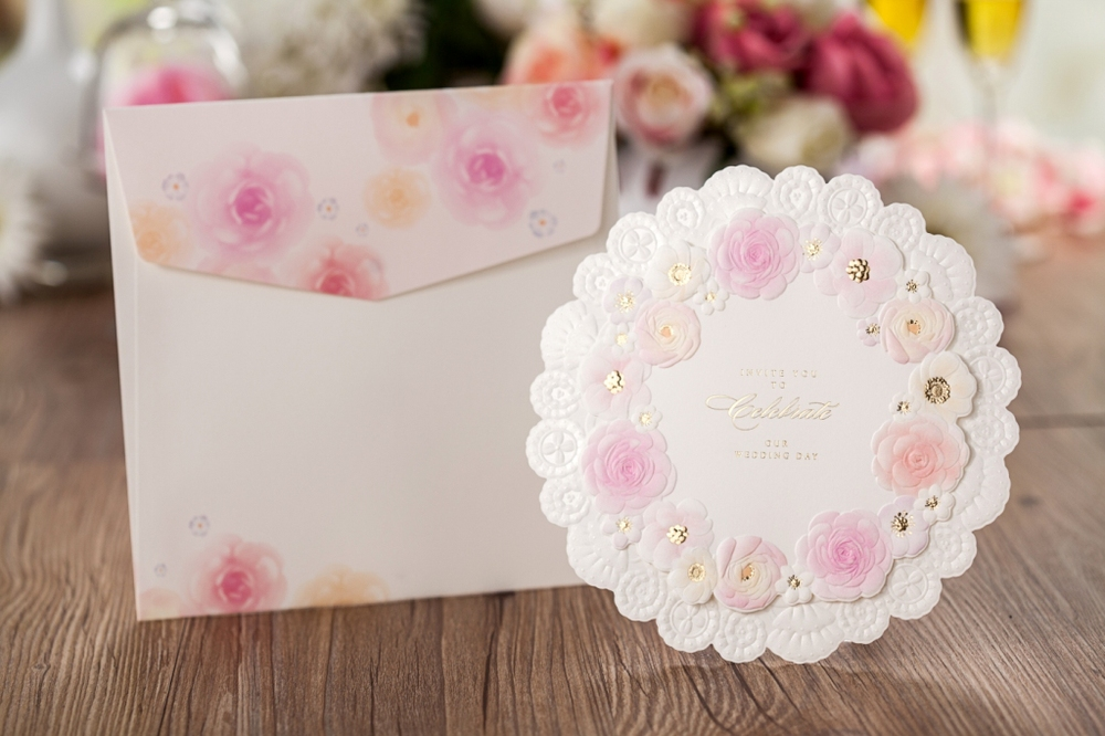 New Arrival Pinky Flower Round Wedding Invitation Cards Cw5039 - Buy ...