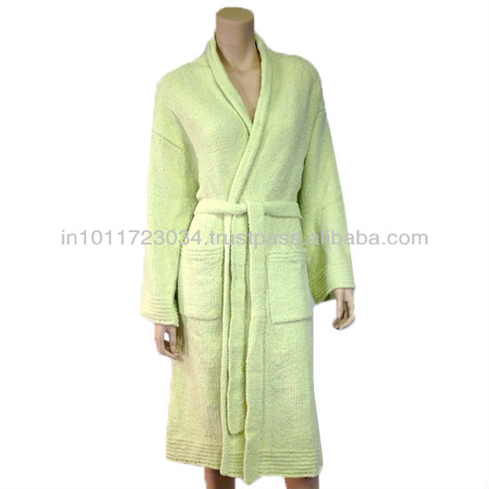FASHIONABLE BATHROBES, BATHROBES AVAILABLE WITH CUSTOMIZED DESIGN