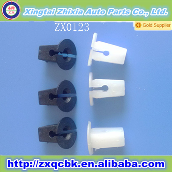 Factory price heavy duty automotive spring clips/colored plastic clips/auto metal clips