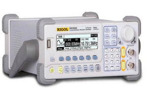DG1022U RIGOL 25MHz 2 Channels Multifunctional Function / Arbitrary Waveform signal Generator