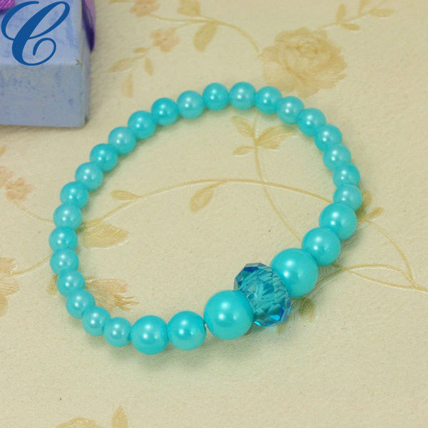 Hot selling hard plastic bracelet 2013