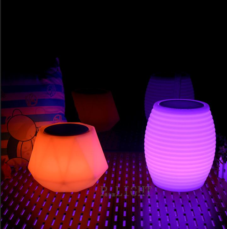 Wholesale and retail music playing sound system led lighted cube speaker