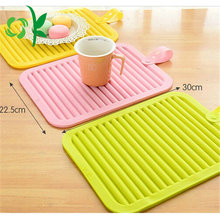 China Wholesale Multicolor Low Price New Design Silicone Table Mat