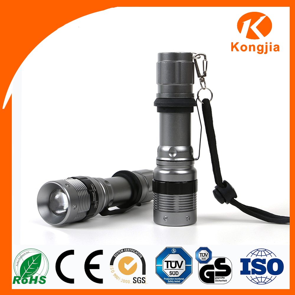 Aluminum Powerful Zoomable 200 Lumens Rechargeable 5 Watt Led Flashlight