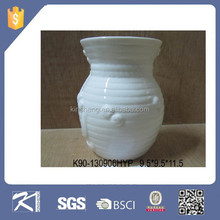 Hot Sale Morden White glazed Ceramic small fluted flower bud vase for Gift and Decoration for Wholesale