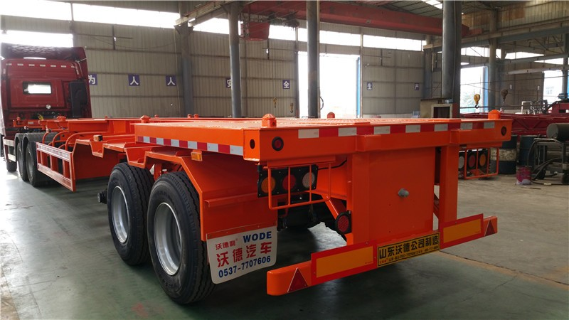 Factory sales 40ft 3 axle skeleton container semi trailer