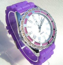 New watches 2011,Attractive Crystal Women's Watch with one year warranty.