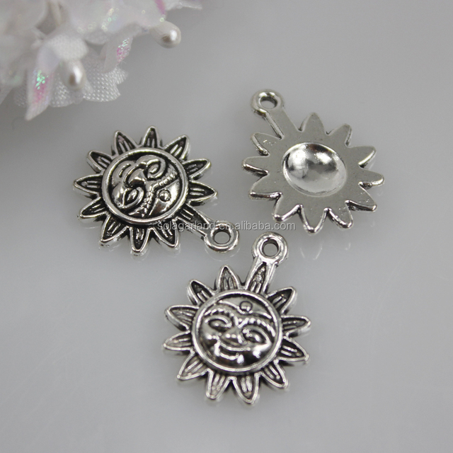 Loose Charms 17*21mm Sun Flower Face Shape Silver Metal Pendants Jewelry Supplies Zinc Alloy