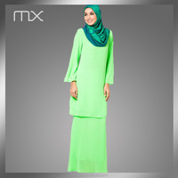 2015 Malaysia Green Fashion Design simple Baju kurung Batik design